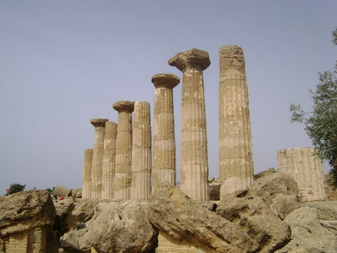 templeHercule8colonnes